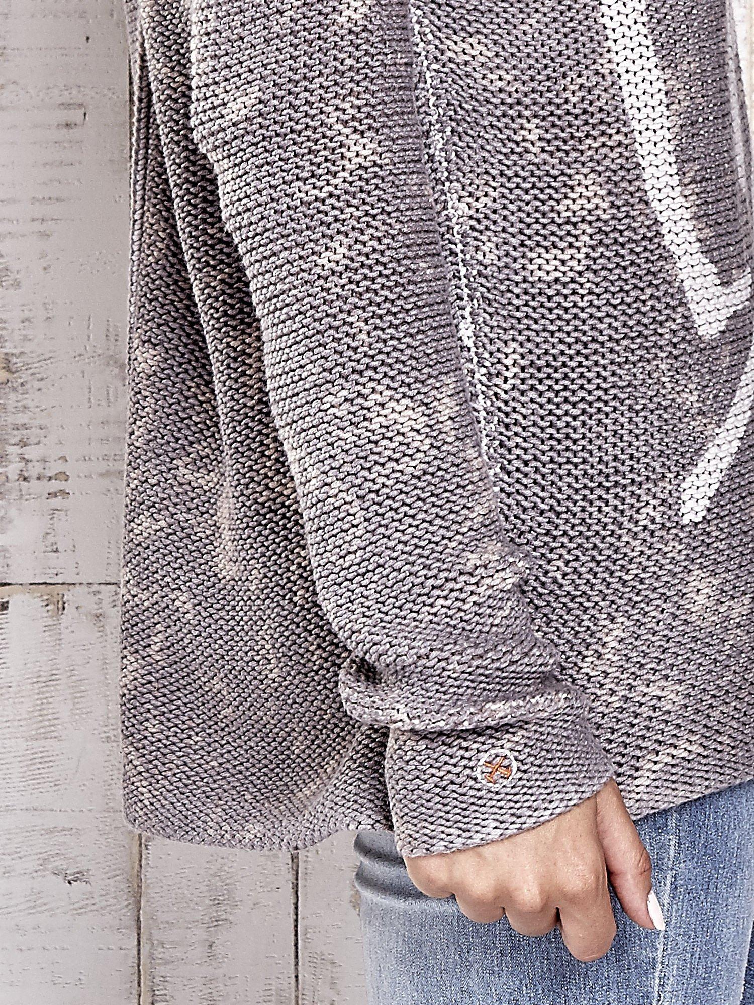 TOM TAILOR Szary sweter z literowym nadrukiem i cekinami                                  zdj.                                  5