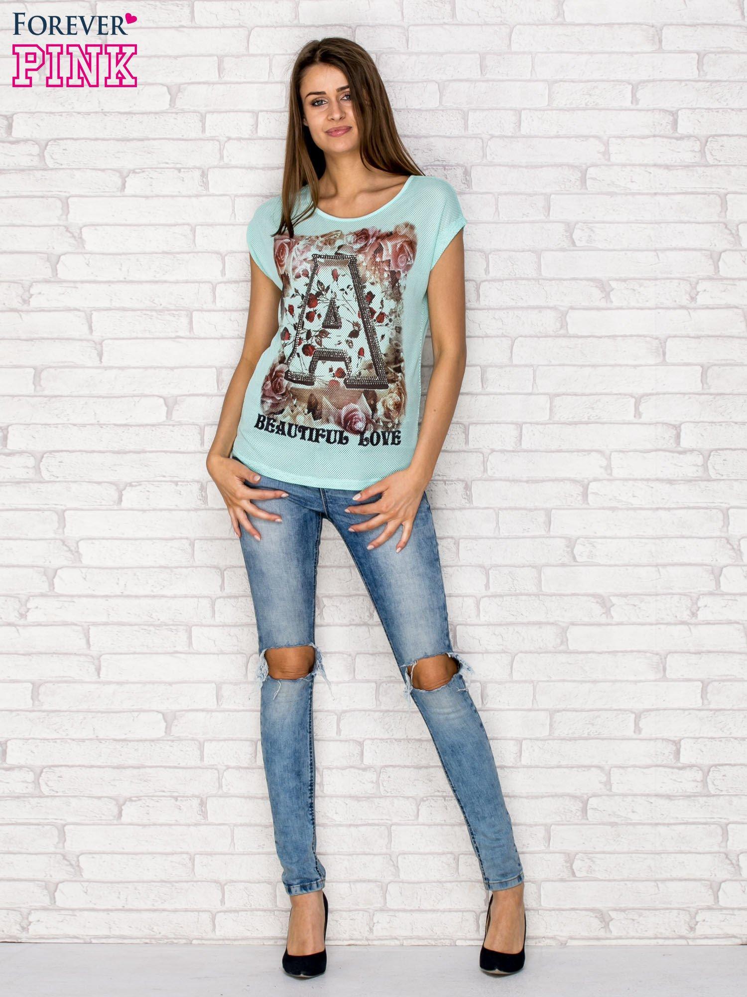 Turkusowy siateczkowy t-shirt z literą A z dżetami                                  zdj.                                  2