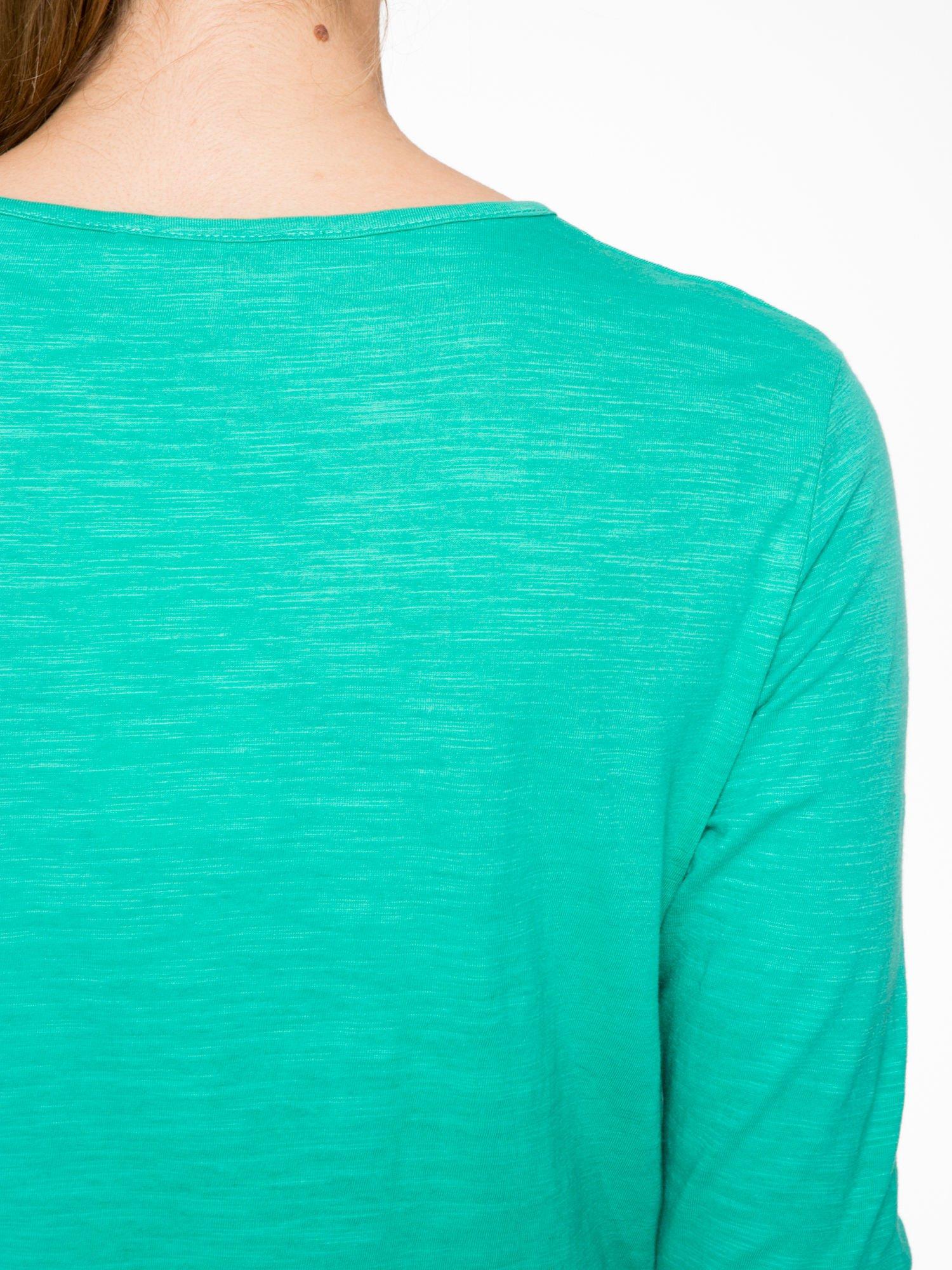 Zielona bawełniana bluzka typu basic z długim rękawem                                  zdj.                                  7