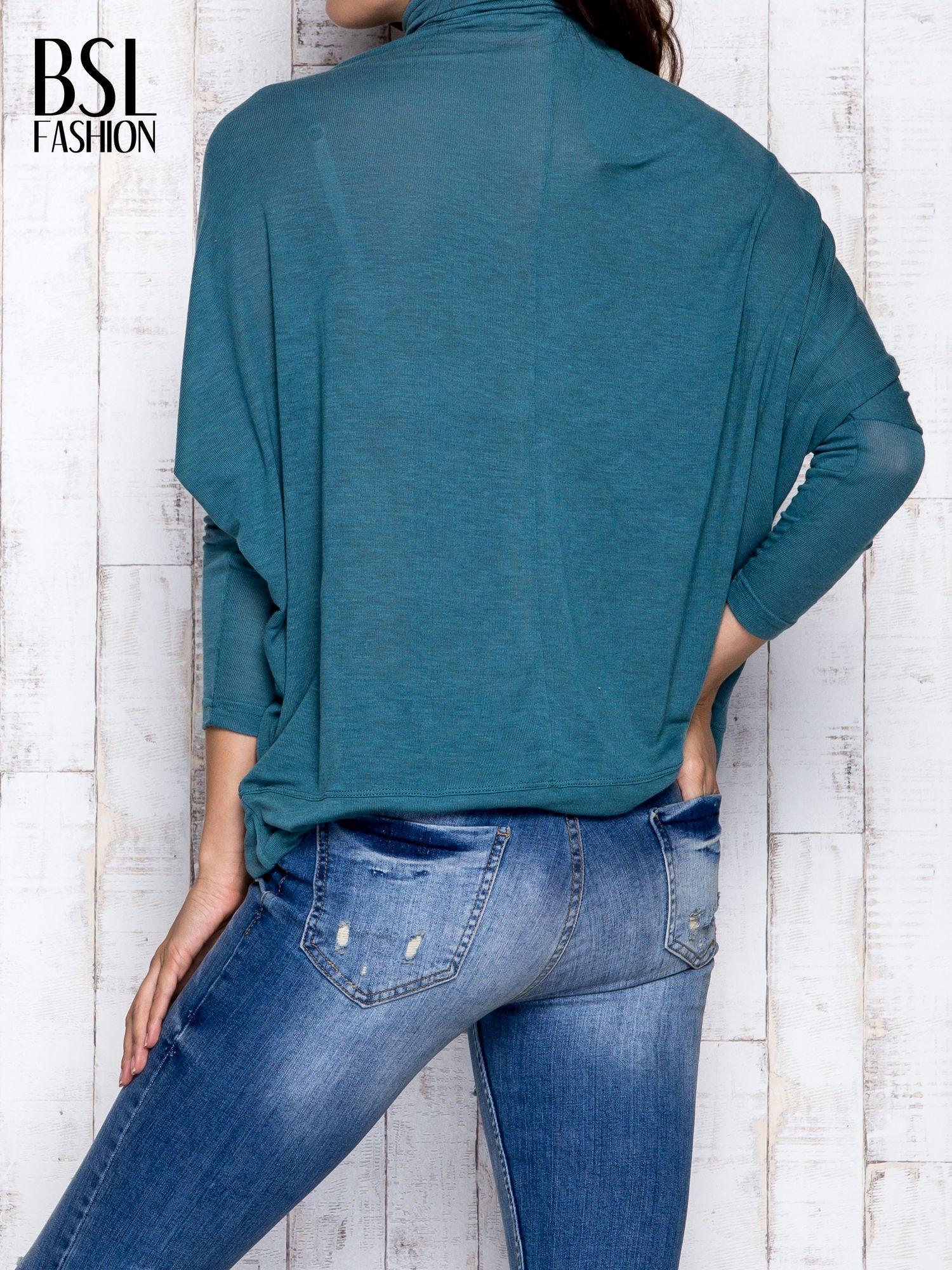 Zielona bluzka oversize z golfem                                  zdj.                                  5