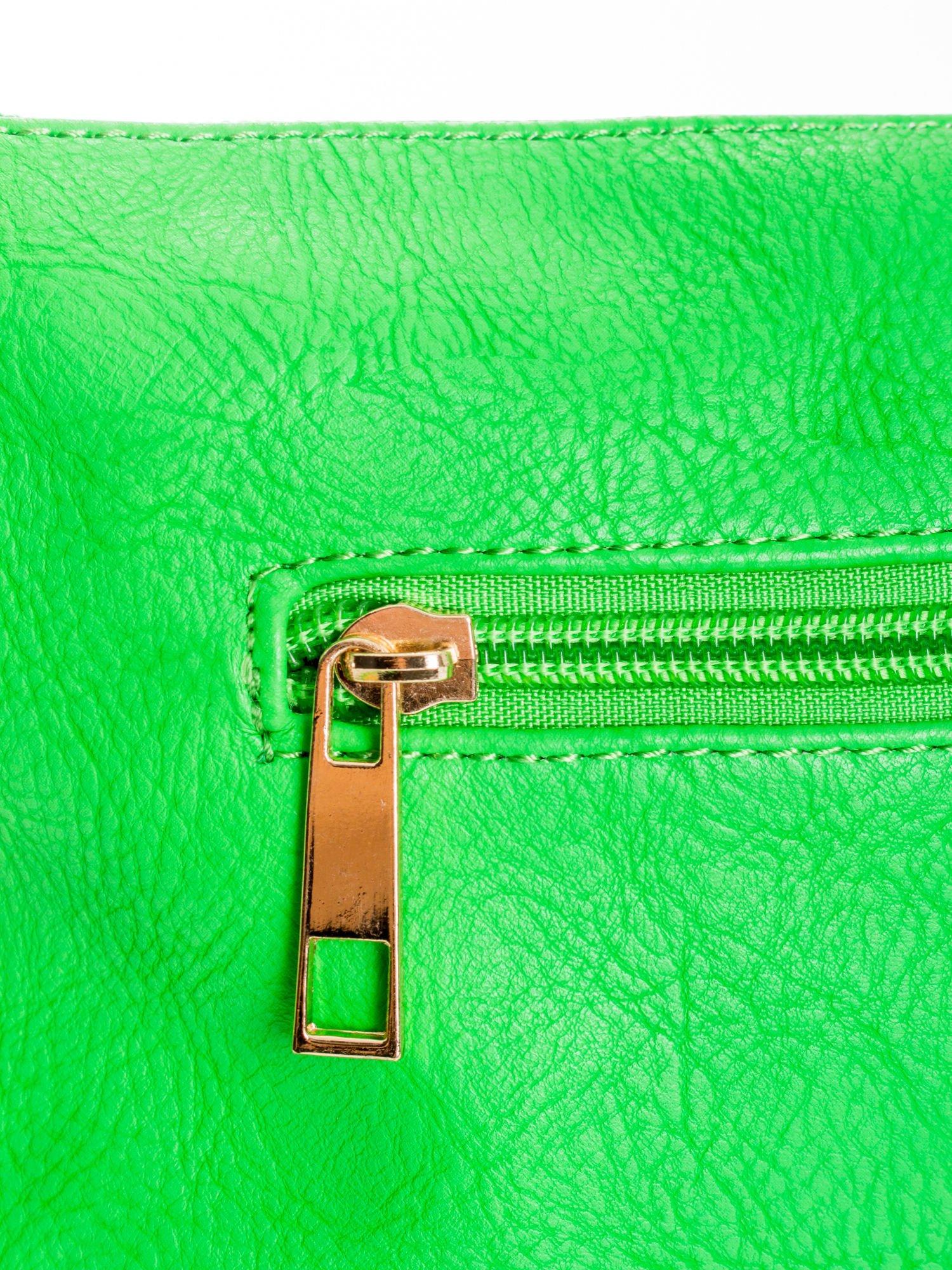 Zielona kopertówka z dżetami napis LUCY WORLD                                  zdj.                                  5