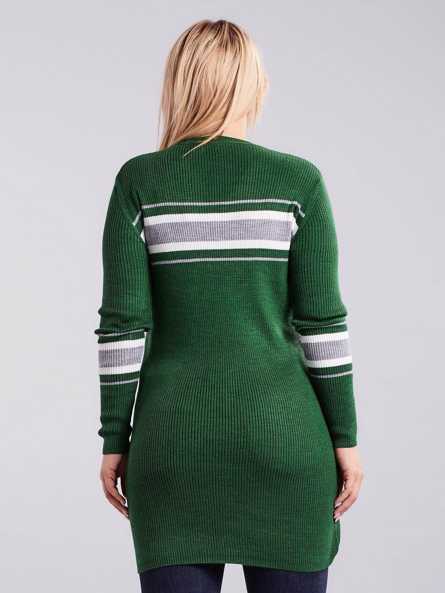 5e24ab11 Zielony długi sweter PLUS SIZE