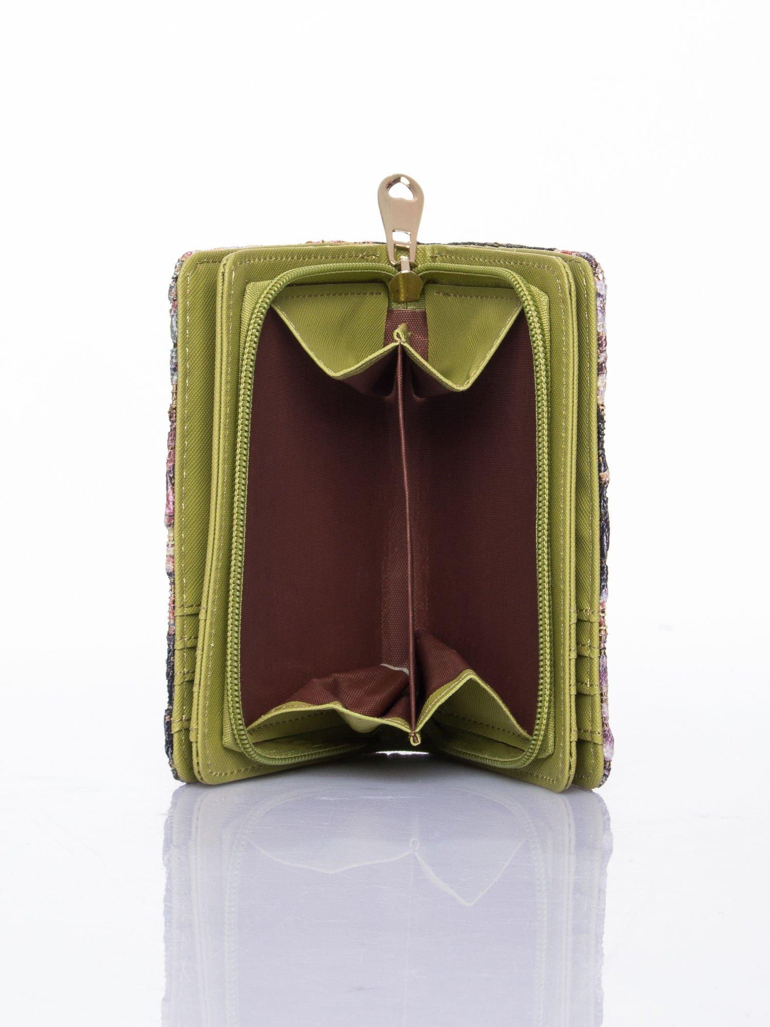 Zielony portfel z kwiatowymi motywami                                  zdj.                                  6