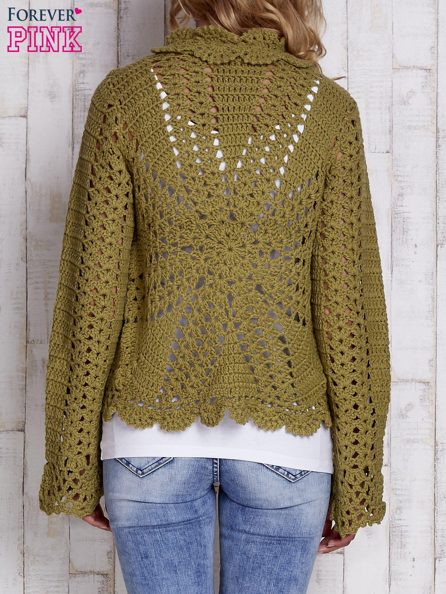 Zielony sweter z wiązaniem                                  zdj.                                  3