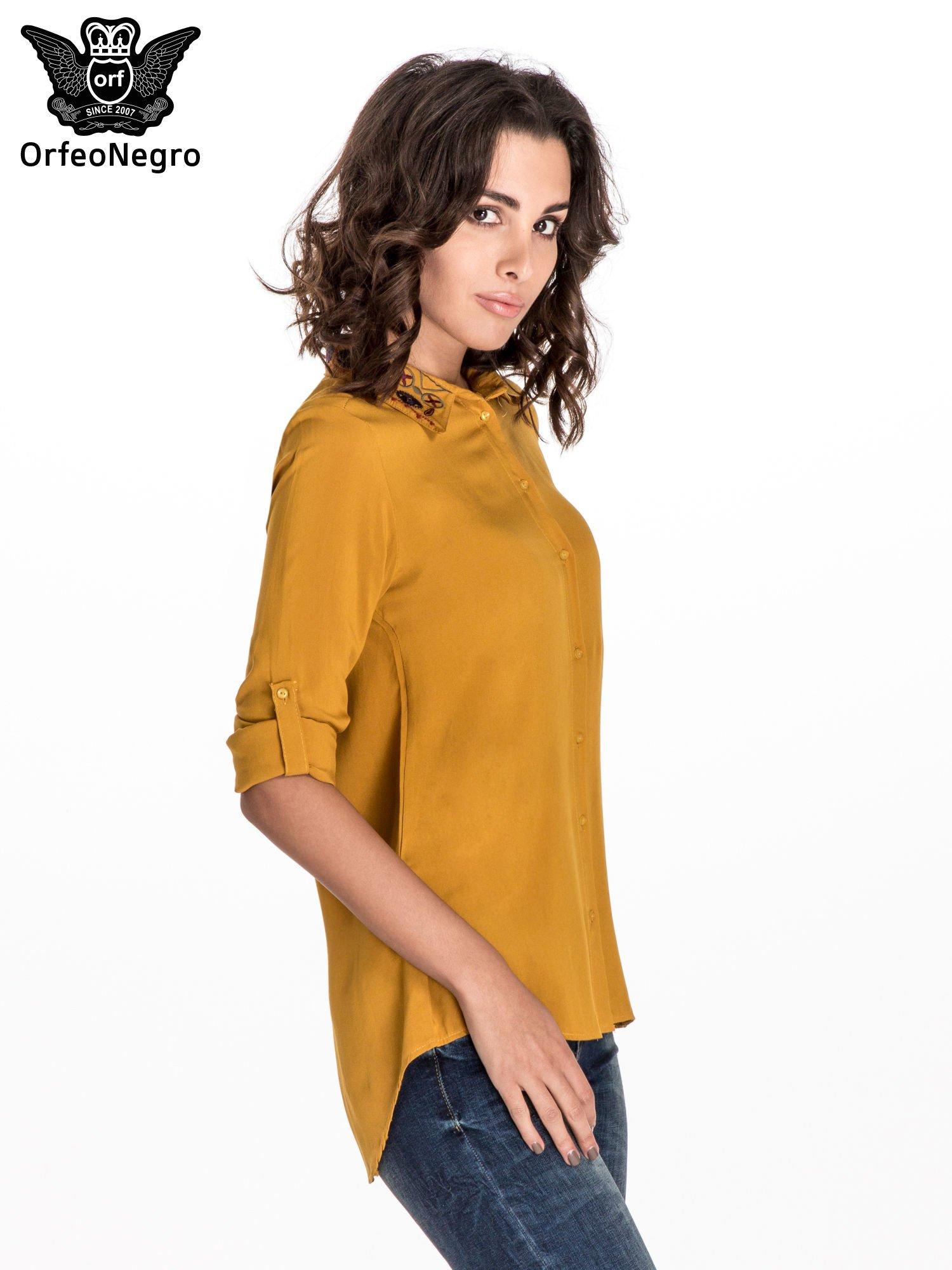 Żółta koszula z haftowanym kołnierzykiem                                  zdj.                                  5