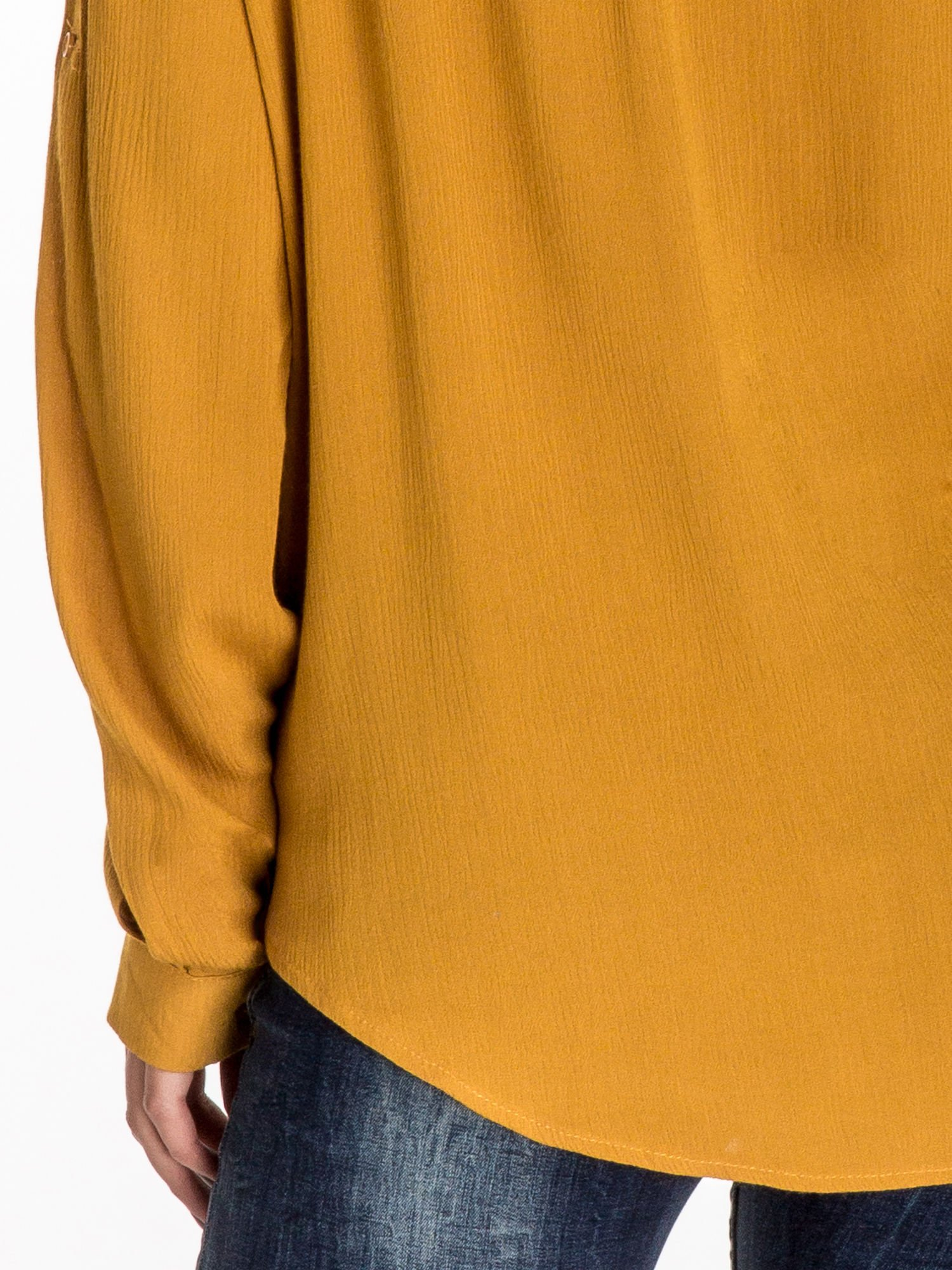 Żółta koszula z kołnierzykiem zdobionym kamieniami                                  zdj.                                  7