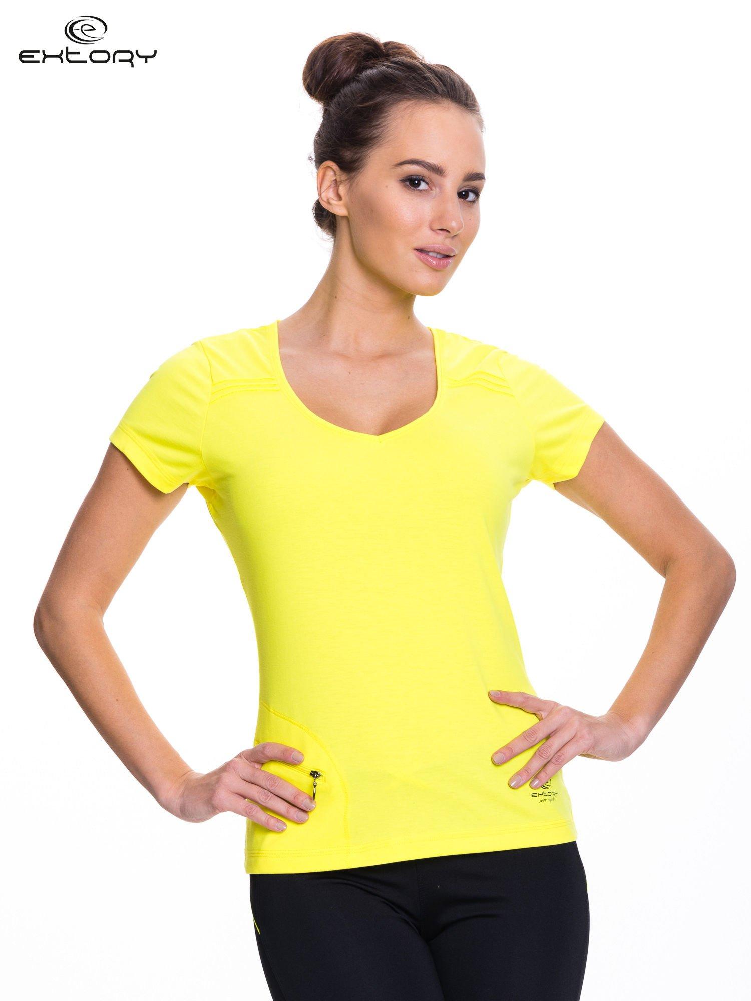 Żółty t-shirt sportowy z kieszonką na suwak PLUS SIZE                                  zdj.                                  1