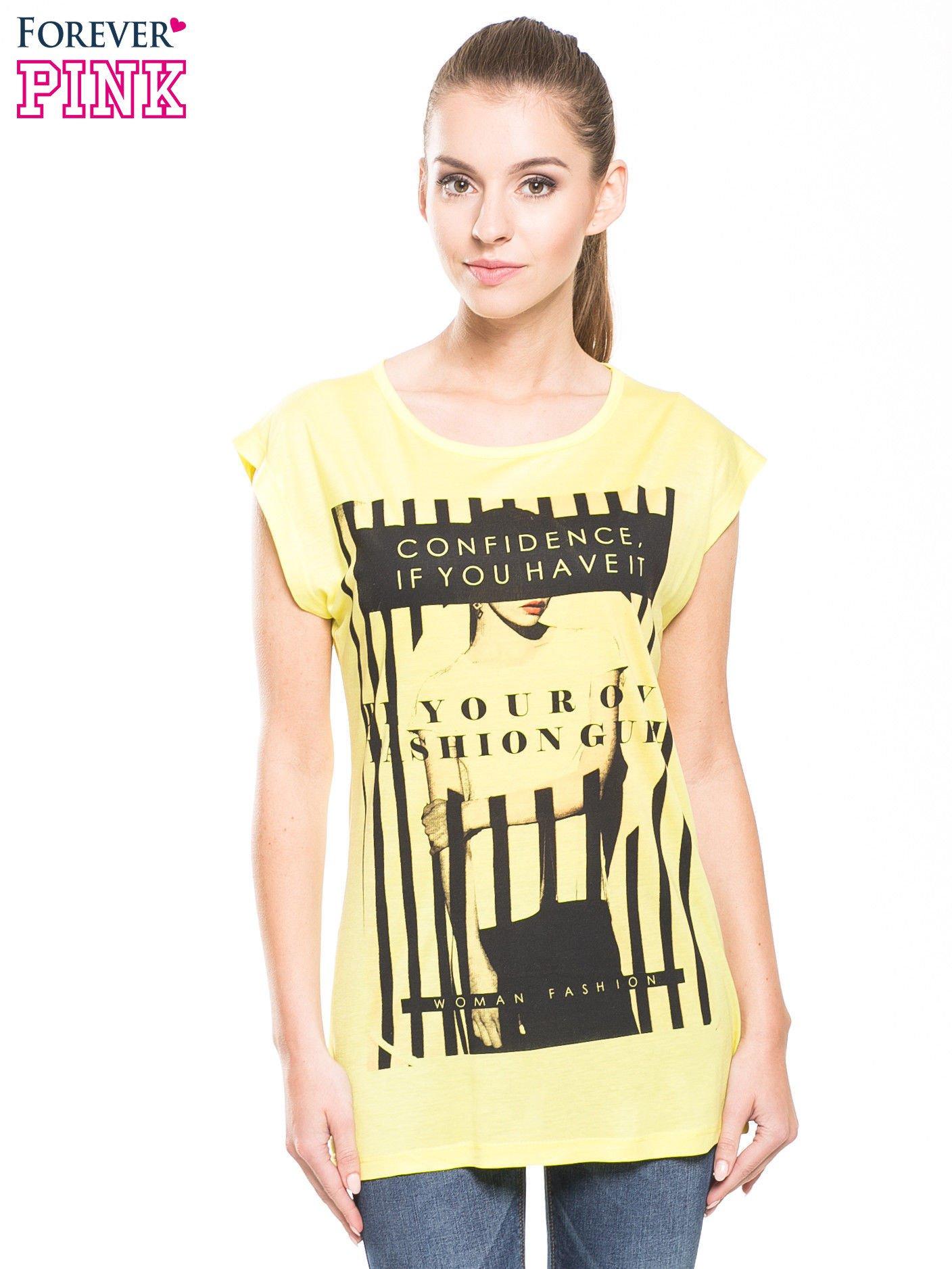 Żółty t-shirt z nadrukiem kobiety w stylu fashion                                  zdj.                                  3