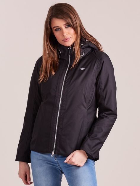 4F Czarna kurtka narciarska z odpinanym kapturem                              zdj.                              1