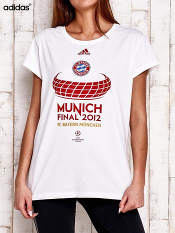 ADIDAS Biały t-shirt z piłkarskim nadrukiem                                  zdj.                                  1