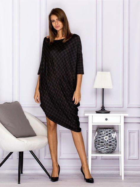Asymetryczna sukienka nietoperz w kratkę brązowa                                  zdj.                                  4