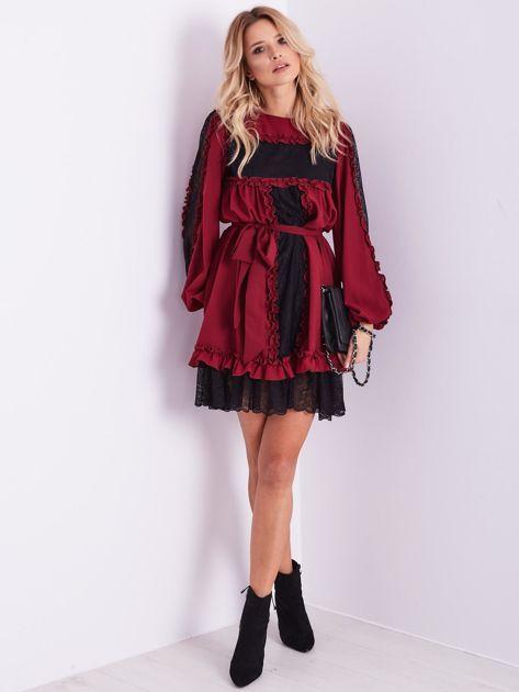 BY O LA LA Bordowa sukienka z koronką i falbankami                              zdj.                              11