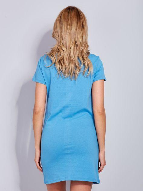 Bawełniana niebieska sukienka z nadrukiem                              zdj.                              3