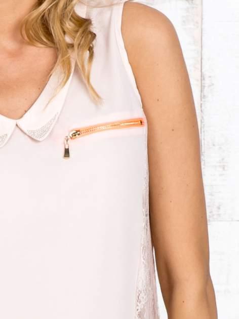 Beżowa bluzka koszulowa z koronkowymi wstawkami na bokach                                  zdj.                                  5