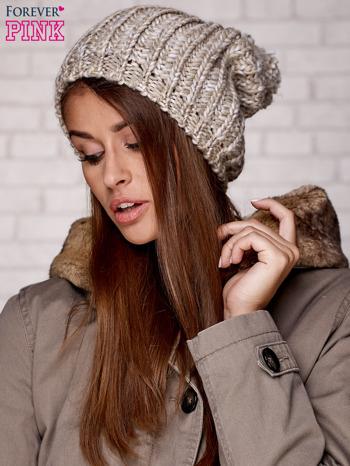 Beżowa czapka z melanżową nicią                                  zdj.                                  3