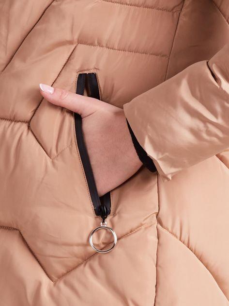 Beżowa pikowana kurtka na zimę                              zdj.                              8