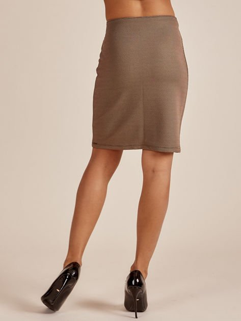 Beżowa spódnica w drobny wzór                              zdj.                              3