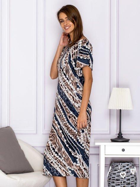 Beżowa wzorzysta sukienka z dekoltem woda                                  zdj.                                  5