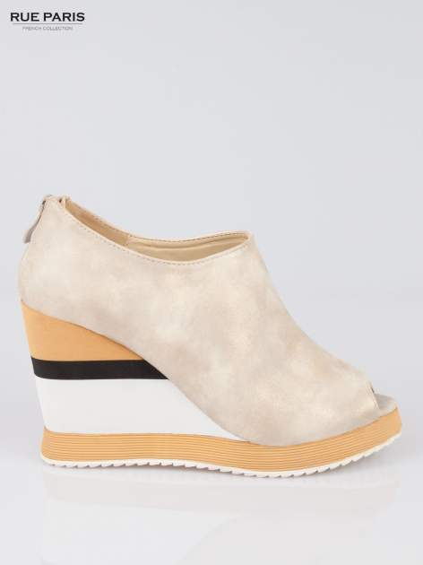 Beżowe buty open toe na koturnie w paski                                  zdj.                                  1