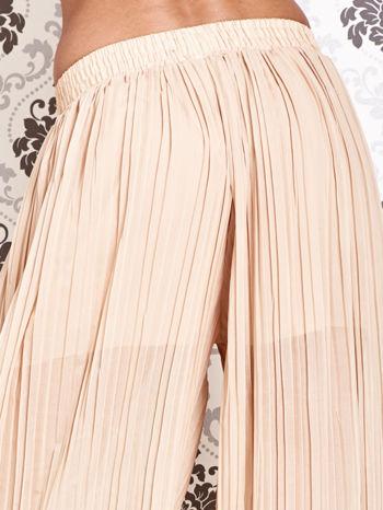 Beżowe plisowane spodnie palazzo                                   zdj.                                  4