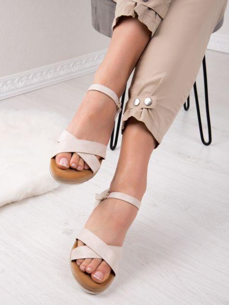 Beżowe sandały BELLO STAR na podwyższeniu z paskami na krzyż                              zdj.                              6