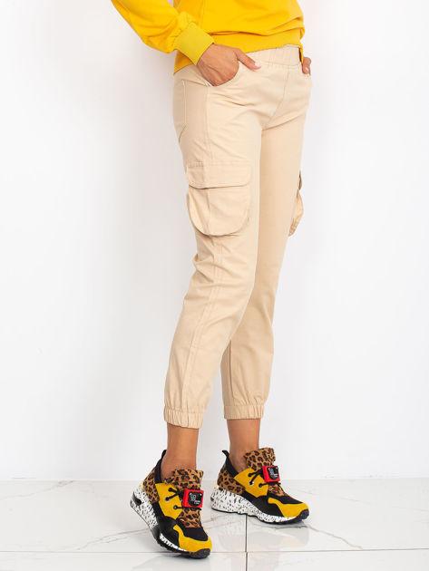 Beżowe spodnie Sally                              zdj.                              2