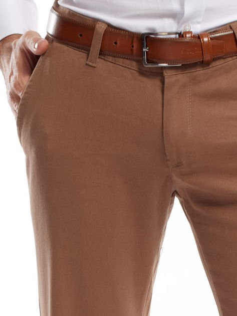 Beżowe spodnie męskie chinos                                  zdj.                                  5