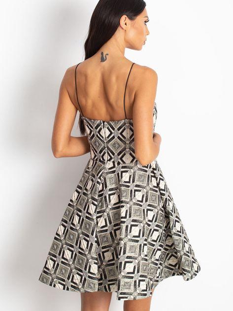 Beżowo-czarna sukienka Play                              zdj.                              2