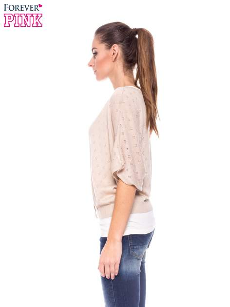 Beżowy ażurowy sweterek z krótkim rękawem                                  zdj.                                  2