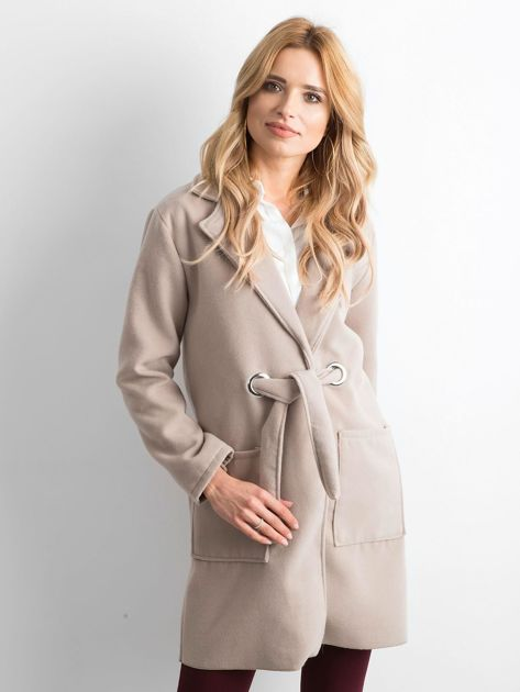 Beżowy flauszowy płaszcz z paskiem                              zdj.                              1
