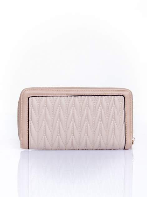 Beżowy pikowany portfel ze złotym suwakiem                                  zdj.                                  2