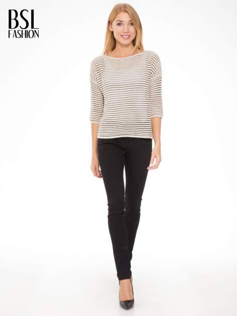 Beżowy półtransparentny sweter w prążki                                  zdj.                                  2