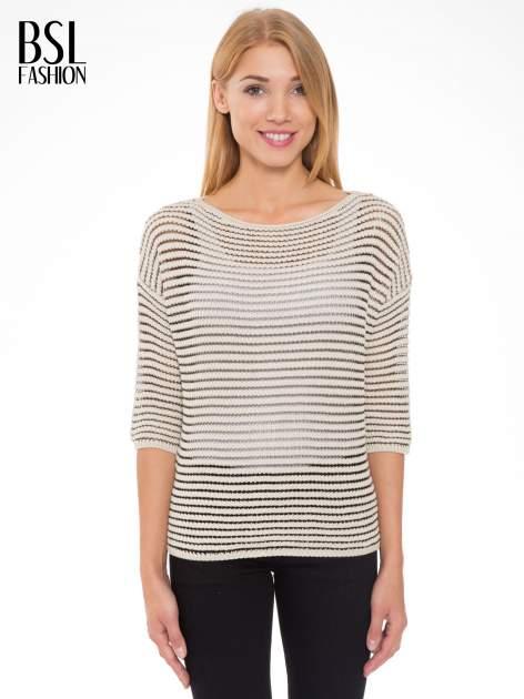 Beżowy półtransparentny sweter w prążki