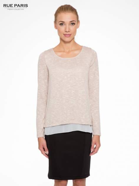 Beżowy sweter z rozcięciem z tyłu
