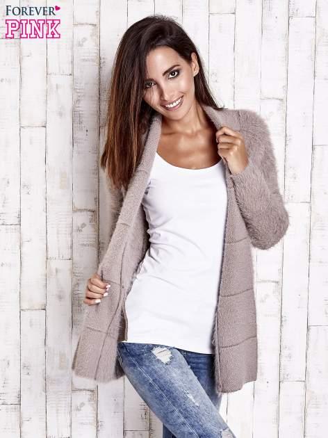 Beżowy sweter ze złotymi suwakami                                  zdj.                                  1