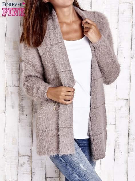 Beżowy sweter ze złotymi suwakami                                  zdj.                                  3