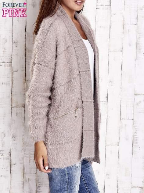 Beżowy sweter ze złotymi suwakami                                  zdj.                                  4