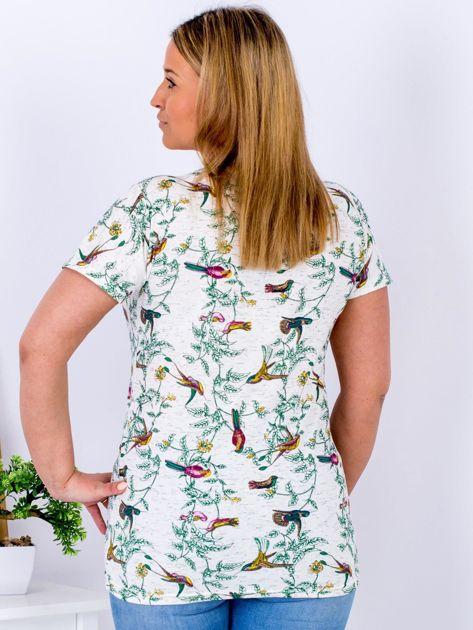 Beżowy t-shirt z motywem ptaków PLUS SIZE                              zdj.                              2