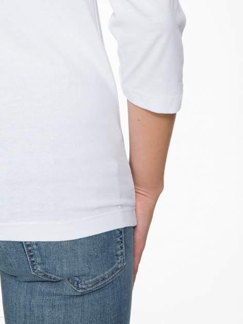 Biała bluzka w stylu fashion z nadrukiem LA VIE EST BELLE                                  zdj.                                  9