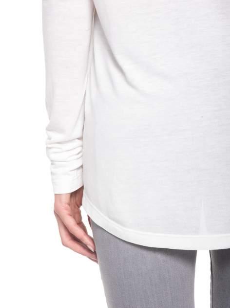 Biała bluzka z dużym napisem MUSE                                  zdj.                                  10