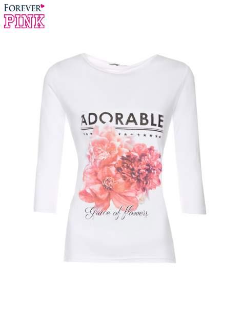 Biała bluzka z motywem kwiatowym i napisem ADORABLE                                  zdj.                                  5