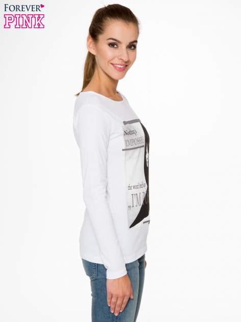 Biała bluzka z nadrukiem Audrey Hepburn                                  zdj.                                  3