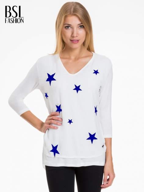 Biała bluzka z nadrukiem granatowych gwiazdek