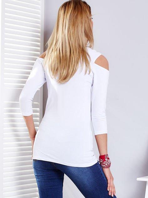 Biała bluzka z wycięciami                               zdj.                              2