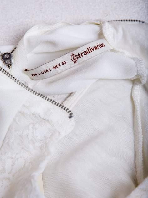 Biała dwuwarstwowa bluzka                                  zdj.                                  3
