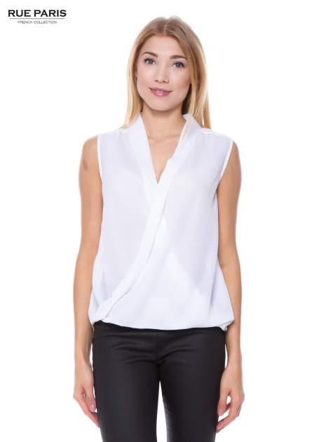 Biała elegancka koszula z kopertowym dekoltem                                  zdj.                                  1