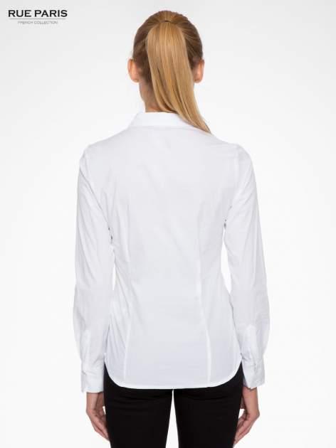 Biała elegancka koszula z marszczeniem przy dekolcie                                  zdj.                                  2