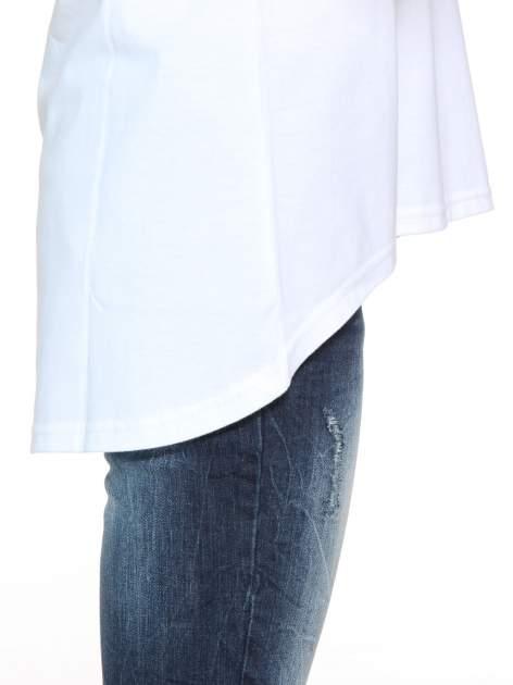 Biała gładka bluzka z dłuższym tyłem                                  zdj.                                  8