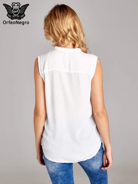 Biała koszula V-neck z suwakiem                                  zdj.                                  4