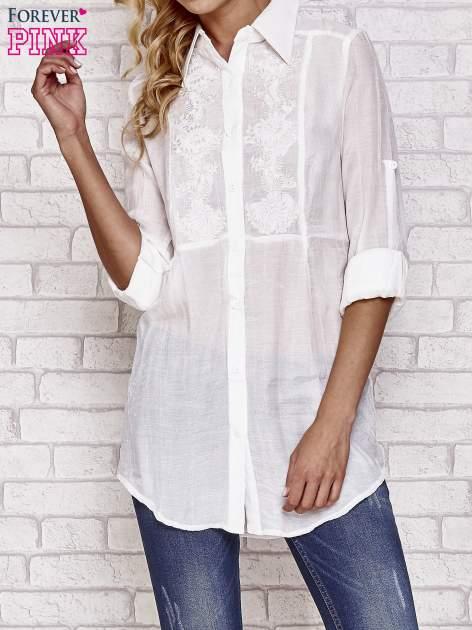Biała koszula hippie z haftem                                  zdj.                                  1